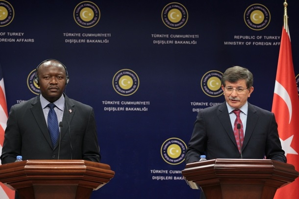 Foreign Ministers Ngafuan (left) and Davotoglu