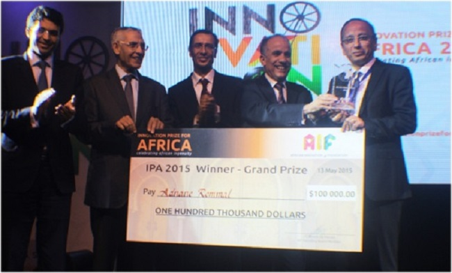 Adnane Remmal (right) IPA 2015 winner, with the Ministry of Industry, Trade, Investment and Digital Economy officials and AIF Founder, Jean-Claude Bastos de Morais (center)